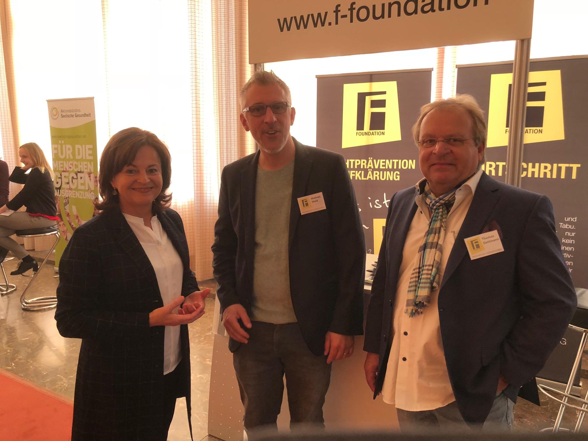 Ich mit der F. Foundation auf dem Kongress der Drogenbeauftragten Marlene Mortler